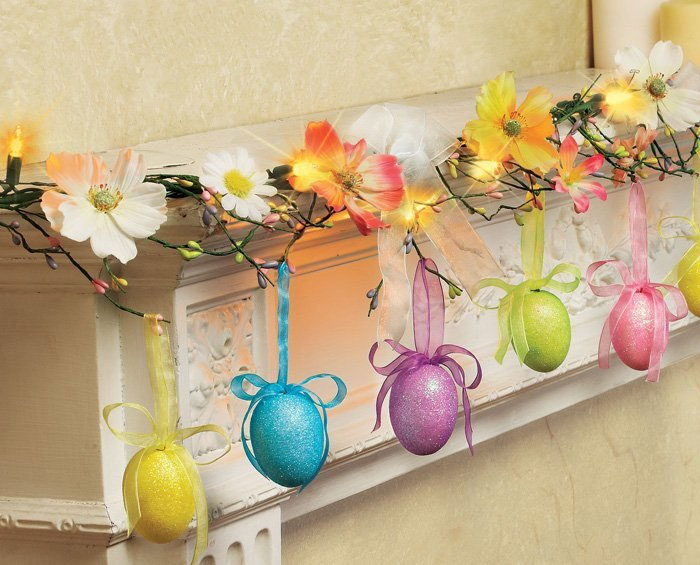 Glittered-Easter-Egg-Lighted-Garland-Decoration-Springtime-Bunny-Eggs-LED-Lights-Table 2017
