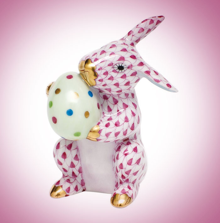 Herend-Easter-Bunny-Figurine-Raspberry-Fishnet