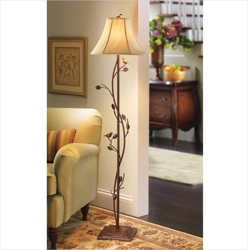 Antique-Birds-&-Vines-Floor-Lamp,-Fabric-Lamp-Shade.-Resin-Base.-Metal-Pole