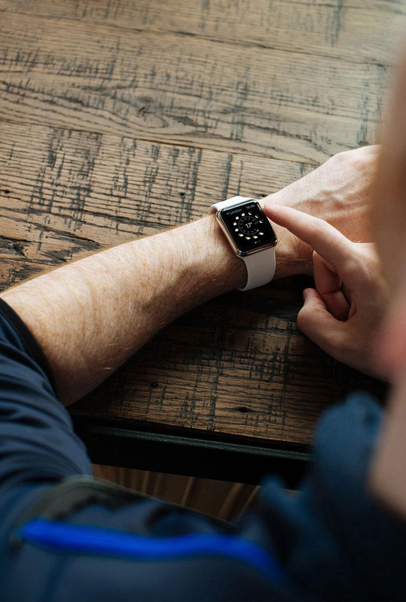 Apple-Watch-Mock-Up