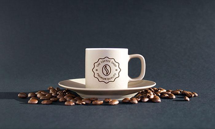 Coffee-MockUps-PSD.jpg1