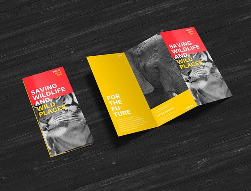 free creative z fold brochure mockup psd